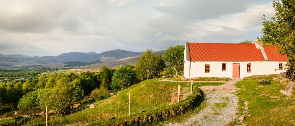 adelaparvu.com despre cabana Lost Cottage Irlanda, design Goodform, Foto Unique Home Stays (19)