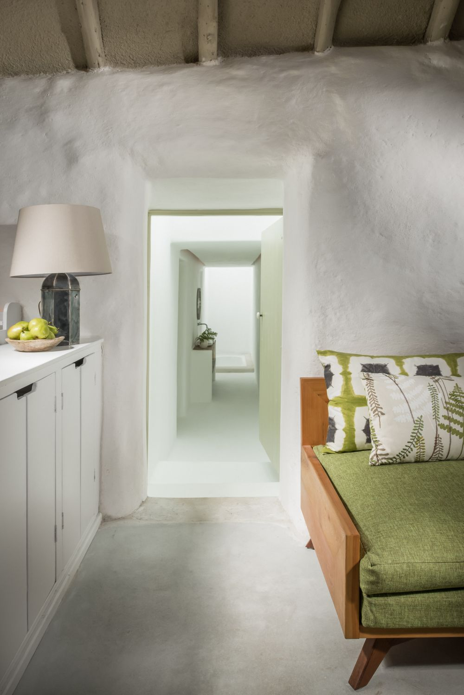 adelaparvu.com despre cabana Lost Cottage Irlanda, design Goodform, Foto Unique Home Stays (8)