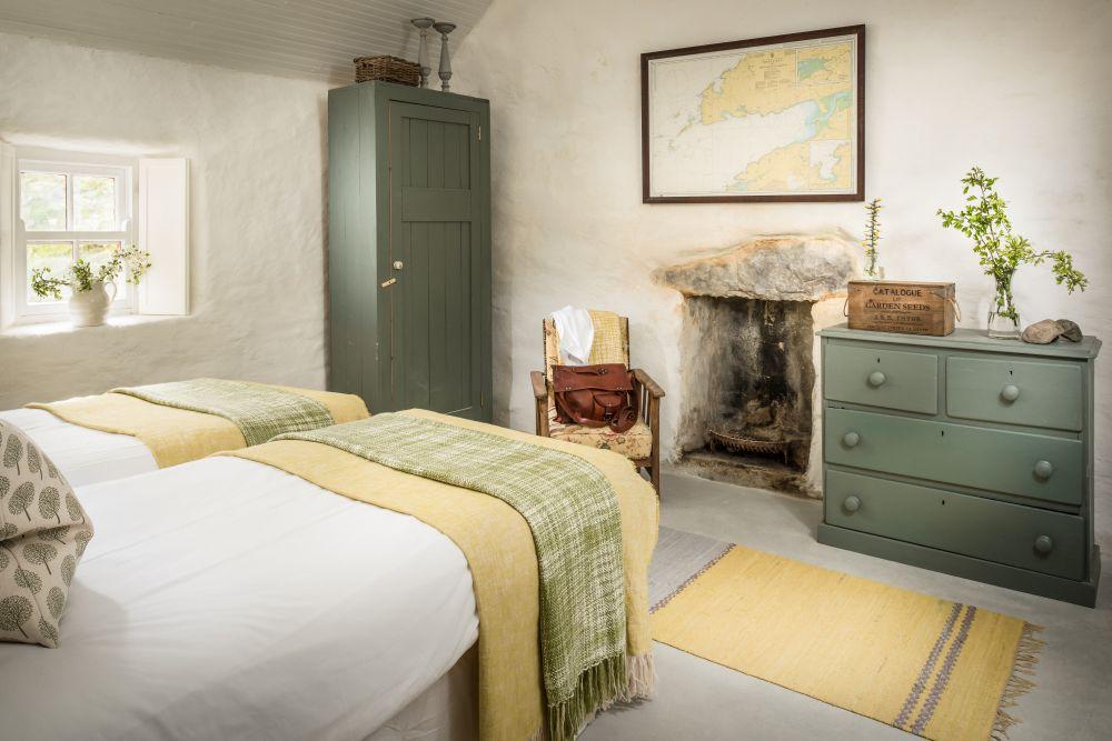 adelaparvu.com despre cabana Lost Cottage Irlanda, design Goodform, Foto Unique Home Stays (9)