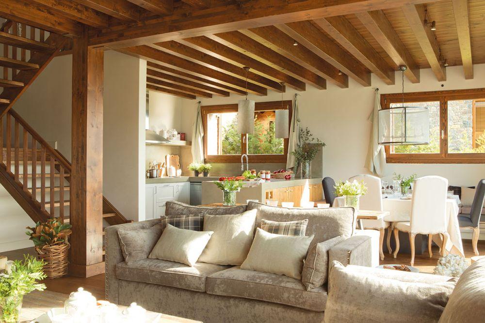 adelaparvu.com despre casa cu plafon rustic, dar amenajare urbana, designer Jeanette Trensig, Foto ElMueble (4)