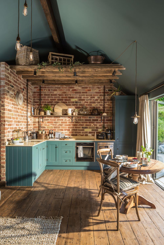 adelaparvu.com despre casa mica in Marea Britanie, turcoaz si lemn si caramida, casa de oaspeti, The Sanctuary, Unique Home Stays, Foto Unique Home Stays (19)