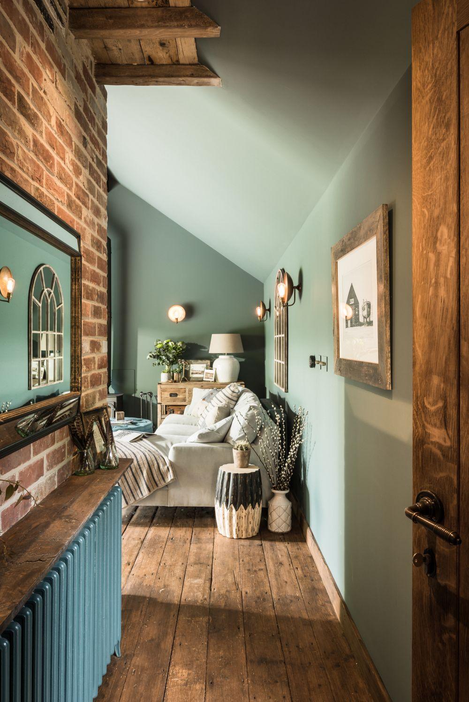adelaparvu.com despre casa mica in Marea Britanie, turcoaz si lemn si caramida, casa de oaspeti, The Sanctuary, Unique Home Stays, Foto Unique Home Stays (2)