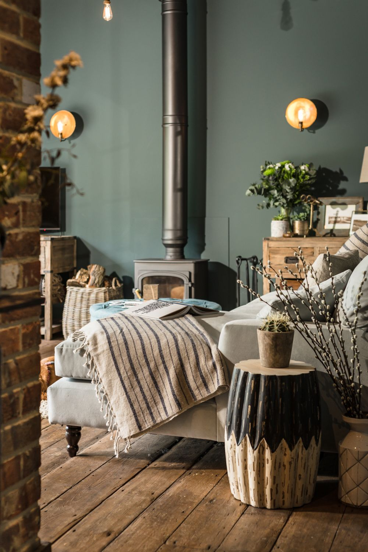 adelaparvu.com despre casa mica in Marea Britanie, turcoaz si lemn si caramida, casa de oaspeti, The Sanctuary, Unique Home Stays, Foto Unique Home Stays (30)