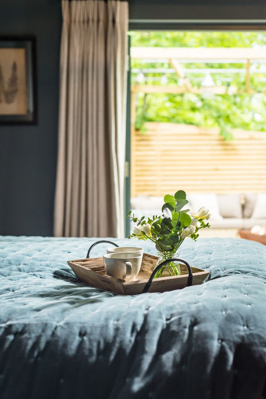 adelaparvu.com despre casa mica in Marea Britanie, turcoaz si lemn si caramida, casa de oaspeti, The Sanctuary, Unique Home Stays, Foto Unique Home Stays (46)