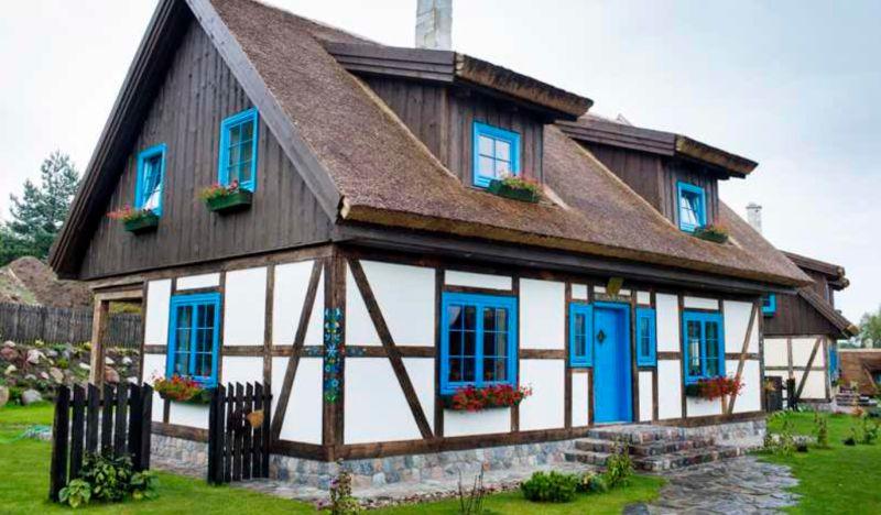 adelaparvu.com despre casa rustica cu stuf si interior actual, Polonia, designer Joanna Kirylowicz, Foto Celestyna Krol (25)