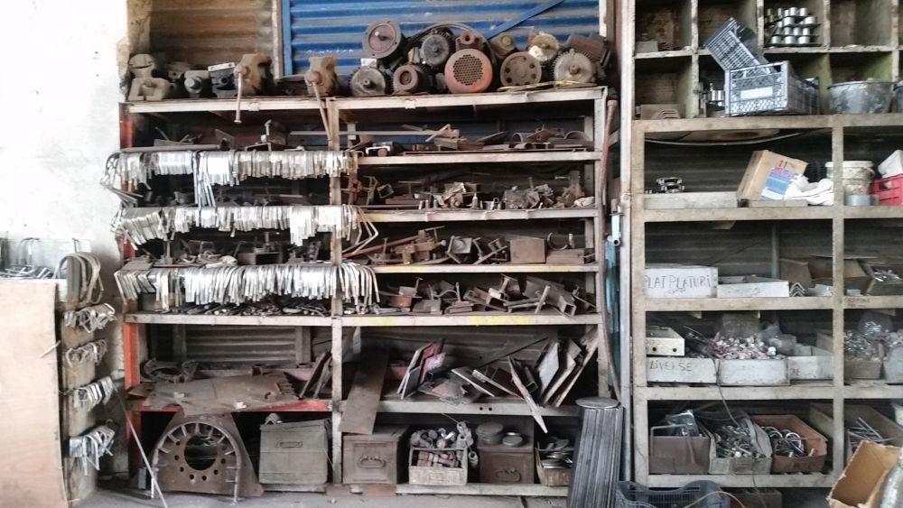 adelaparvu.com despre fabrica Aktdecor Bucuresti, mobila si decoratiuni din fier (5)