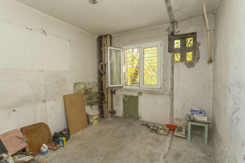 Bucătăria înainte de renovarea Visuri la cheie