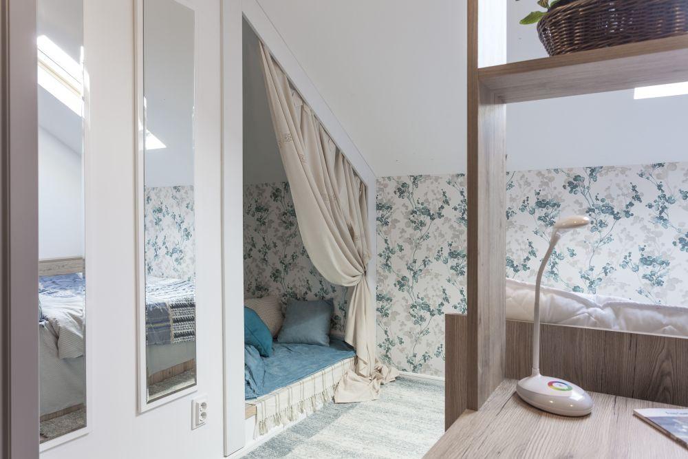 adelaparvu.com despre renovarea casei familiei Ispilat din Niculesti, episodul 11, sezonul 4, Visuri la cheie, camera Bianca si Ioana (7)