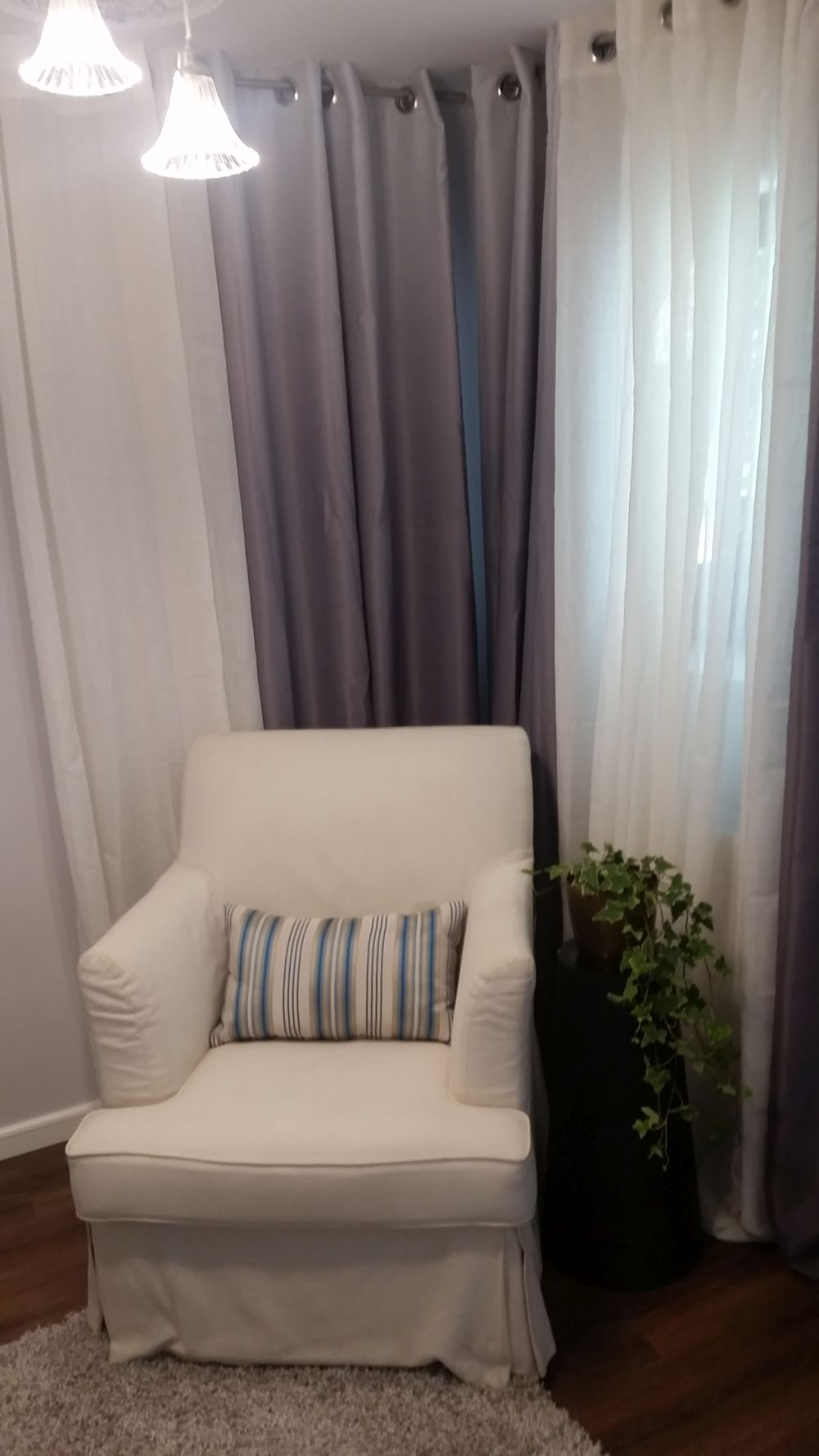 adelaparvu.com despre renovarea casei familiei Stanescu din Saveni, episodul 8, sezonul 4, Visuri la cheie, dormitorul mamei (3)