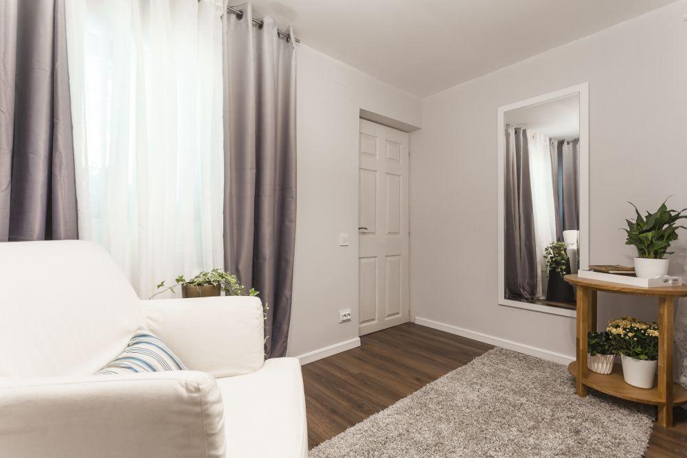 adelaparvu.com despre renovarea casei familiei Stanescu din Saveni, episodul 8, sezonul 4, Visuri la cheie, dormitorul mamei (8)