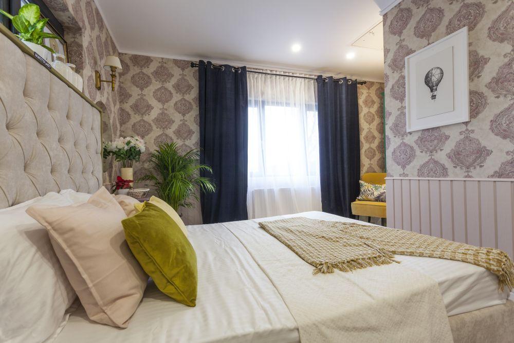 adelaparvu.com despre renovarea casei familiei Manaila, Rosiori de Ialonita, episodul 13, sezonul 4 Visuri la cheie, dormitor bunica (8)