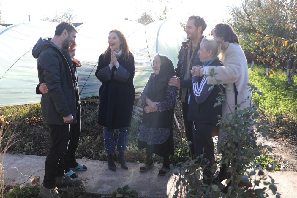 adelaparvu.com despre renovarea casei familiei Manaila, Rosiori de Ialonita, episodul 13, sezonul 4 Visuri la cheie, familia (17)