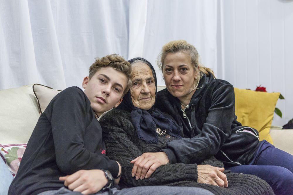 O familie frumoasă pe care o vom purta în sufletele noastre.