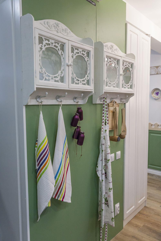 adelaparvu.com despre renovarea casei familiei Manaila, Rosiori de Ialonita, episodul 13, sezonul 4 Visuri la cheie, zona de zi (16)