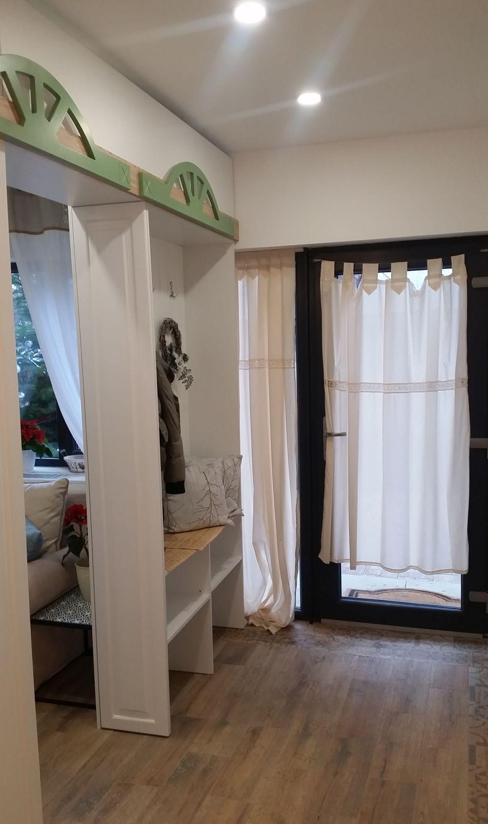 adelaparvu.com despre renovarea casei familiei Manaila, Rosiori de Ialonita, episodul 13, sezonul 4 Visuri la cheie, zona de zi (19)