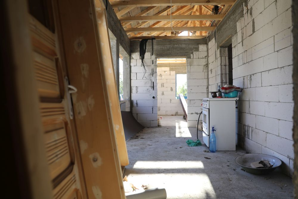 adelaparvu.com despre renovarea casei familiei Manaila, Rosiori de Ialonita, episodul 13, sezonul 4 Visuri la cheie, zona de zi (24)