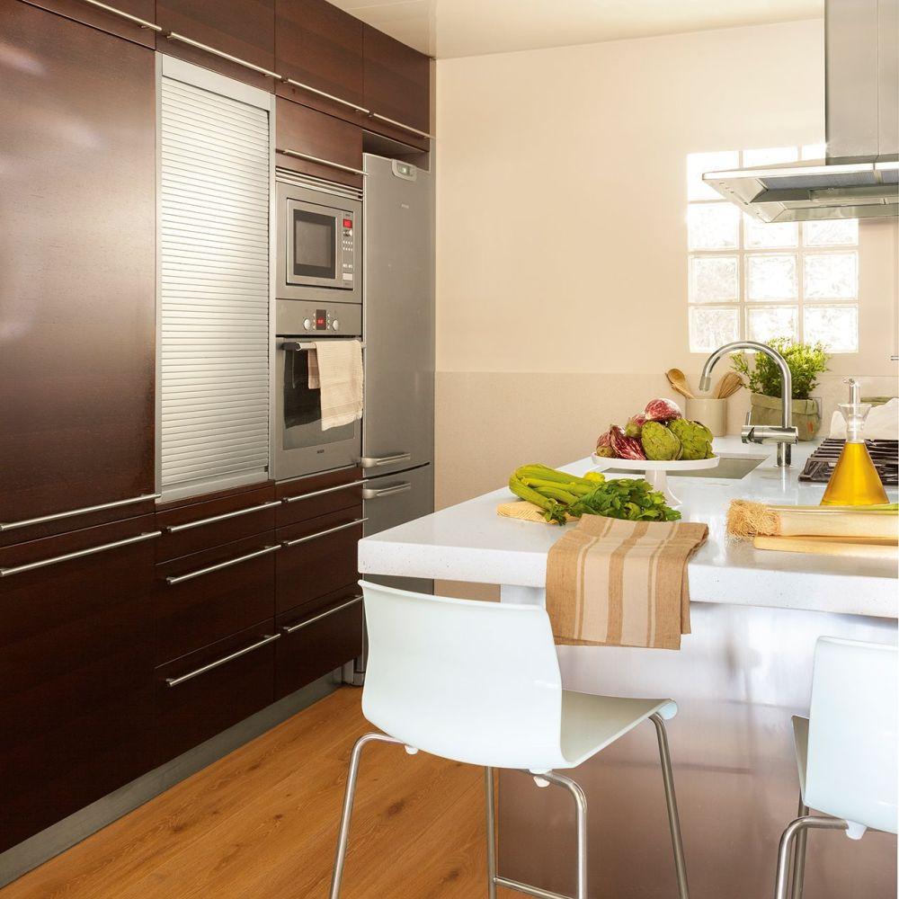 adelaparvu.com despre apartament 75 mp in tonuri deschise, designer Pia Capdevila, Foto Fernando Bedon, ElMueble (1)