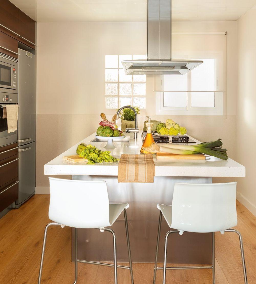 adelaparvu.com despre apartament 75 mp in tonuri deschise, designer Pia Capdevila, Foto Fernando Bedon, ElMueble (2)