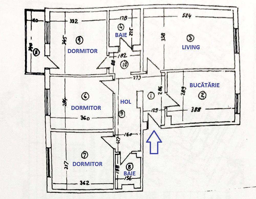 Planul locuinței de 4 camere din București, așa cum era el cuprins în actele casei. Când tinerii au cumpărat locuința spațiul livingului era deschis către hol, la fel și bucătăria.