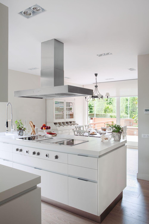 adelaparvu.com despre casa cu interior romantic modern, decorator Asun Anto, arhitect Fernando Agusti (10)