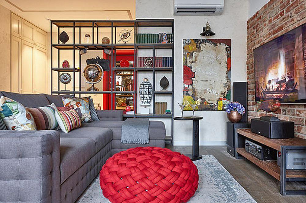 În locul unei măsuțe de mijloc, în living a fost aleasă o măsuță laterală, iar comoda de tv este aleasă în acord cu masa de sufragerie.