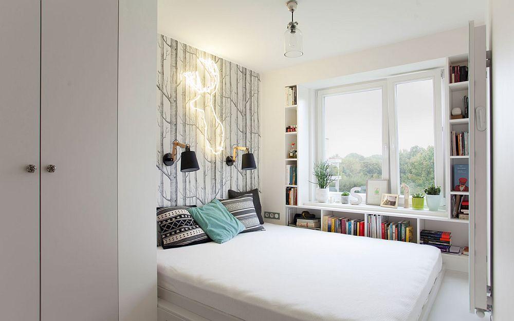 Spațiul dormitorului matrimonial a fost împărțit în două zone: cea dedicată patului și cea de depozitare. La intrarea în cameră este organizat practic un dressing, prin care este delimitat și locul patului.