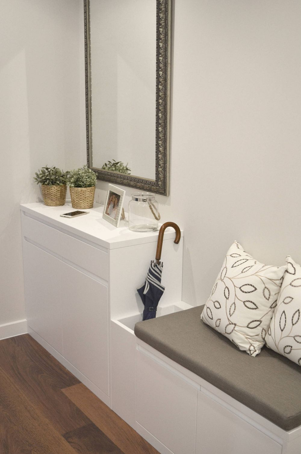 adelaparvu.com despre apartament functional mobilat, Foto Cristina Perez (3)