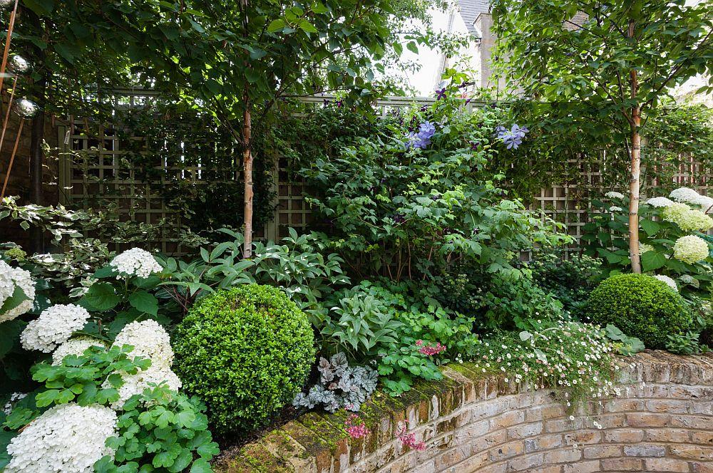 adelaparvu.com despre amenajare gradina in stil romantic, design KR Garden Design, Foto Caroline Mardon (1)