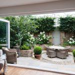 adelaparvu.com despre amenajare gradina in stil romantic, design KR Garden Design, Foto Caroline Mardon (12)