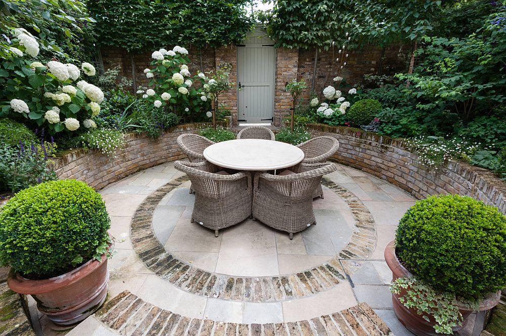 adelaparvu.com despre amenajare gradina in stil romantic, design KR Garden Design, Foto Caroline Mardon (13)