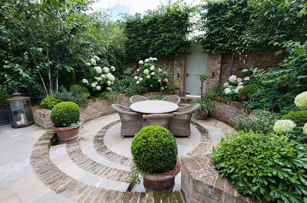 adelaparvu.com despre amenajare gradina in stil romantic, design KR Garden Design, Foto Caroline Mardon (3)