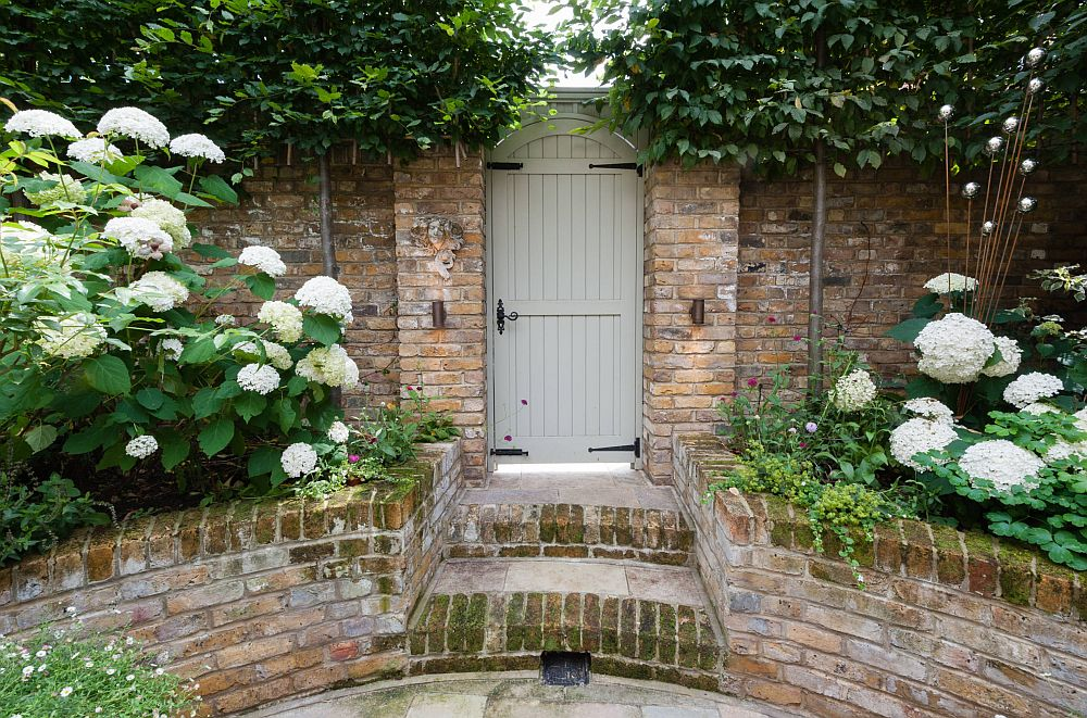 adelaparvu.com despre amenajare gradina in stil romantic, design KR Garden Design, Foto Caroline Mardon (7)