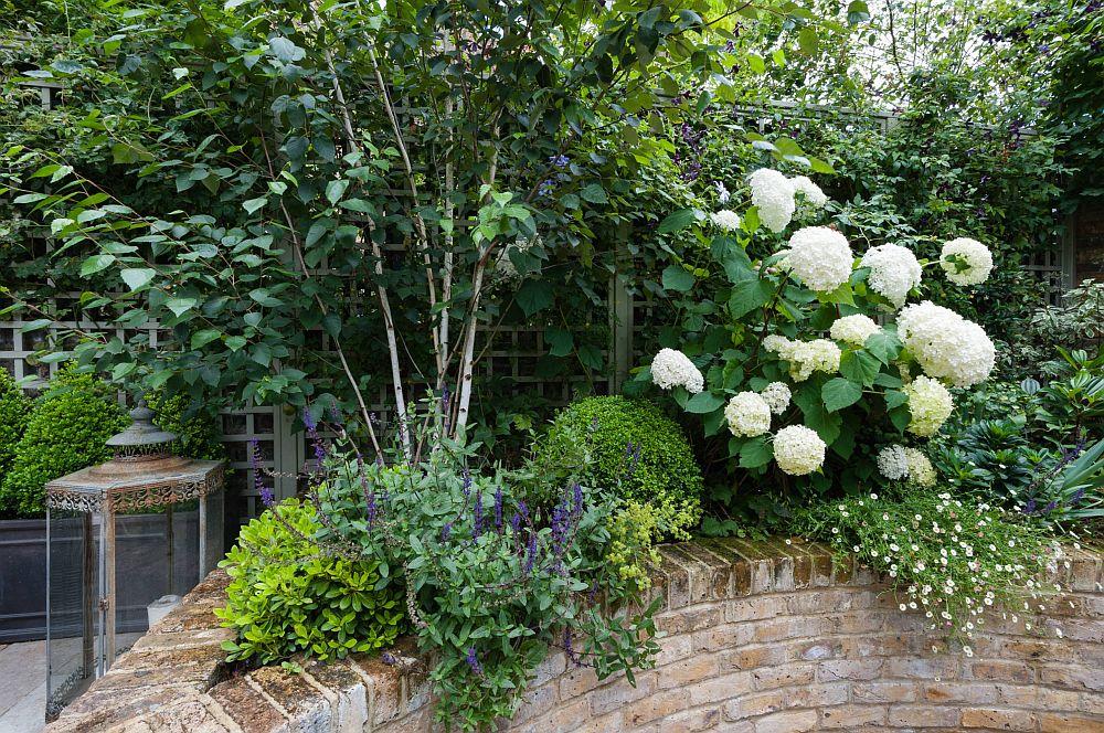 adelaparvu.com despre amenajare gradina in stil romantic, design KR Garden Design, Foto Caroline Mardon (9)