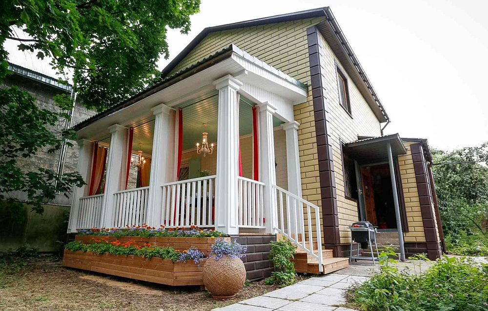 adelaparvu.com despre terasa adaugata casei, design Serghei Sagin, Foto Fazenda (2)