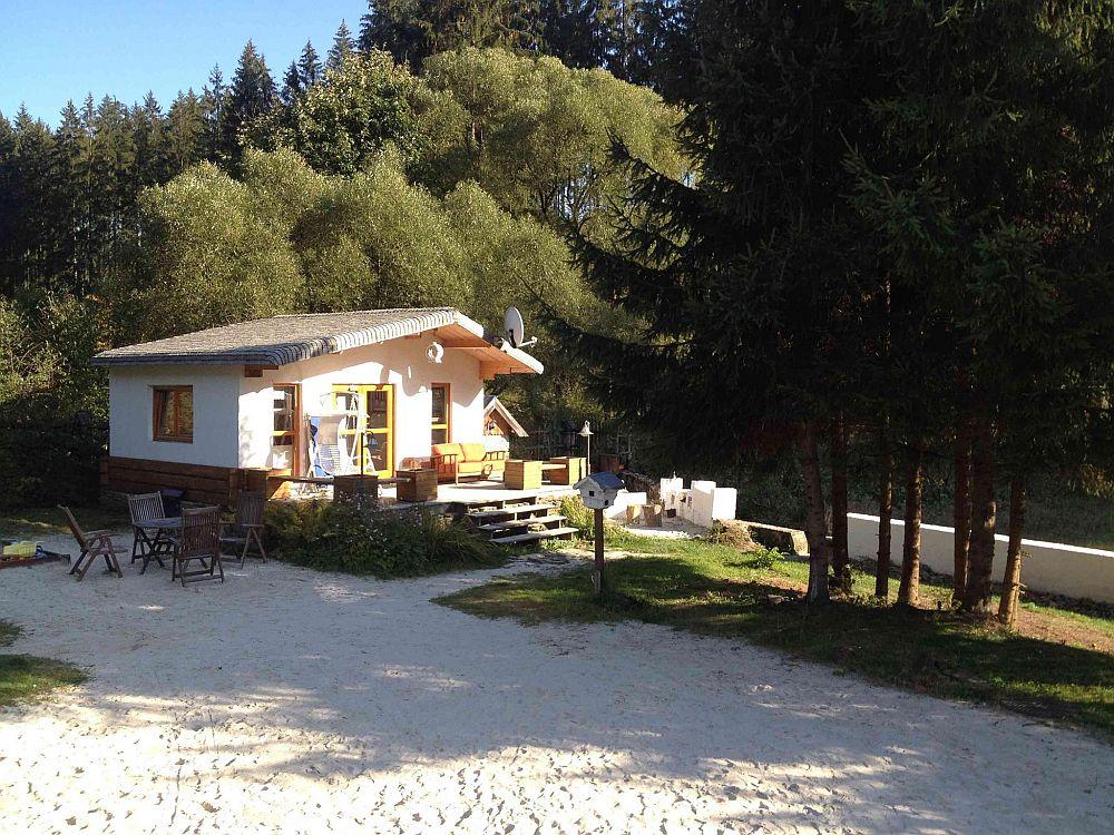 adelaparvuv.com despre casa cu terasa langa padure, Prowansalski Dom, Polonia (3)
