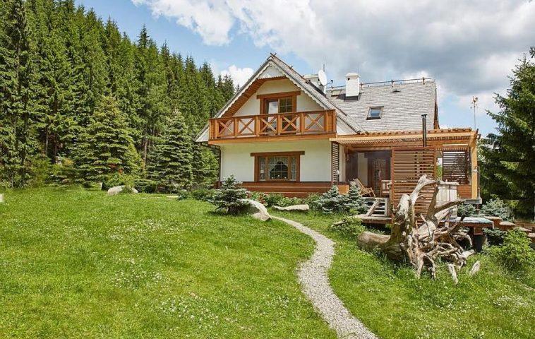 adelaparvuv.com despre casa cu terasa langa padure, Prowansalski Dom, Polonia (4)