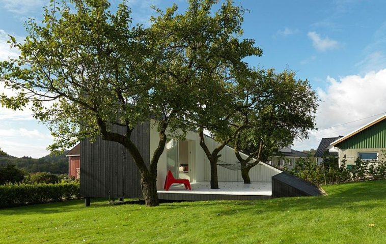 adelaparvu.com despre cabana 15 mp in jurul copacilor, arhitectura Saunders Architects, Foto Bent Rene Synnevag (9)