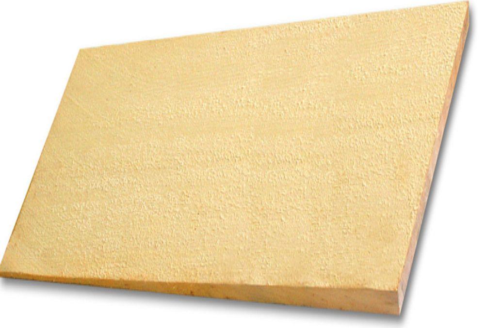 În foto Alaska Yellow Cedar Tapersawn sau AYC Tapersawn. Tăietura se face sută la sută edge grain (perpendicular pe fibra lemnului) din inima bușteanului. Este 100% fără defecte pe partea vizibilă, adică 190mm. Dimensiunile unui element sunt: 45 cm lungime , lățime variabilă și 16 mm grosime. Un pachet are suprafața utilă de 1,86mp. Deși este tăiată ca un shingle, pe ambele fețe, este considerată un shake datorită grosimii și se montează ca un shake.