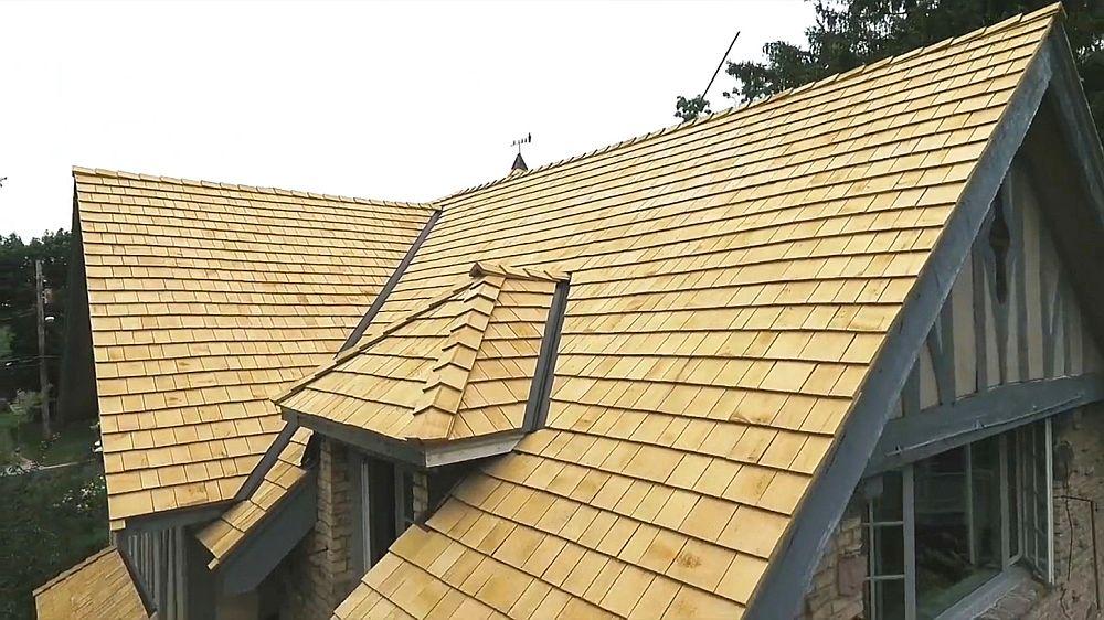 adelaparvu.com despre acoperis din lemn de cedru si lemn cedru pentru fadate de la Georoof (4)