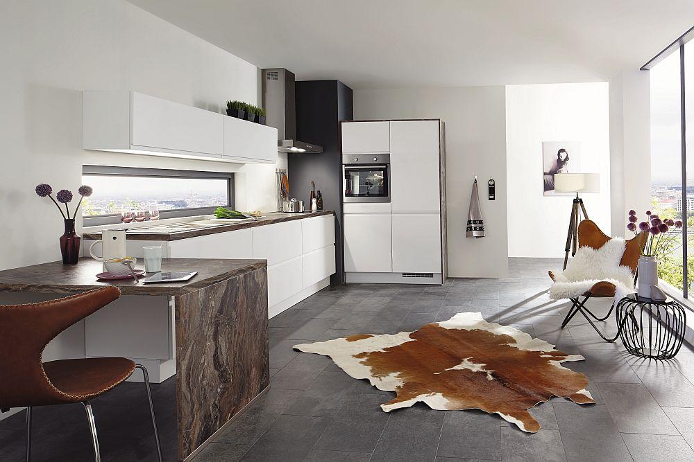 Bucătărie Nobilia model Inline disponibilă prin kika.