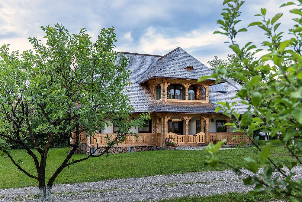 adelaparvu.com despre pensiunea Magnolia, Viseul de Sus, design 23Design, Romania (1)