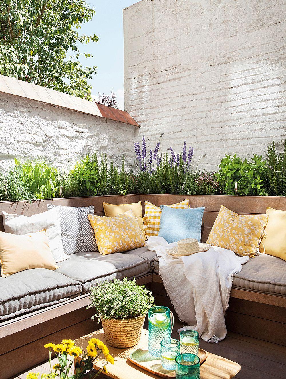 adelaparvu.com despre banchete amenajate pe terasa, idei pentru terase si balcoane, Foto ElMueble (6)