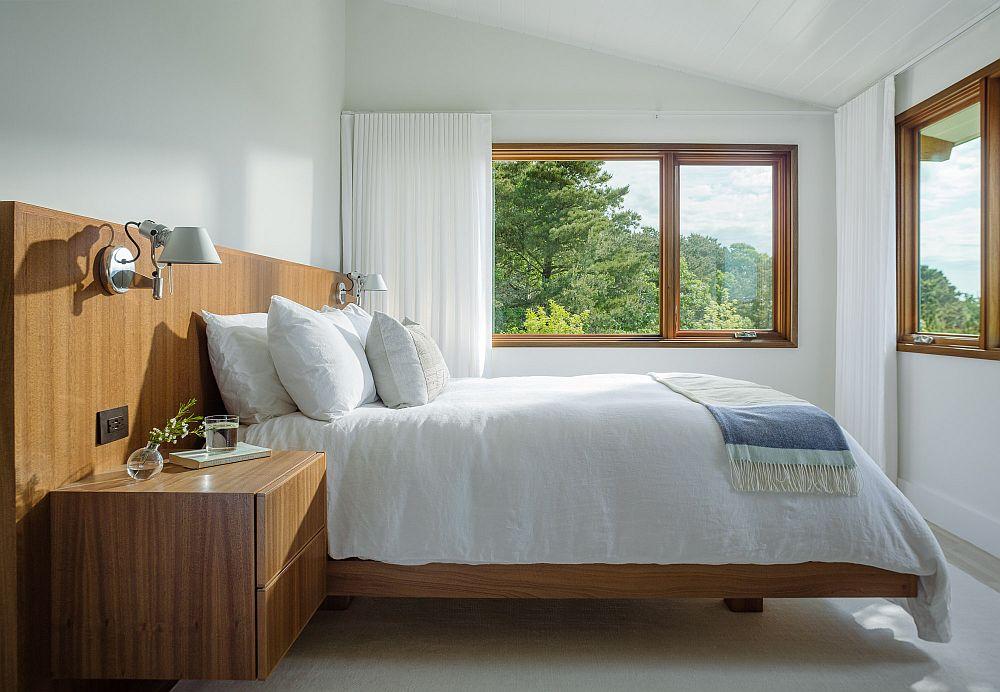 Ce ai avea nevoie într-un dormitor relaxant? De o saltea bună și de un volum de aer în cameră care să-ți asigure oxigenarea pe timpul nopții. Și da, de o priveliște care să te încânte indiferent de anotimp.