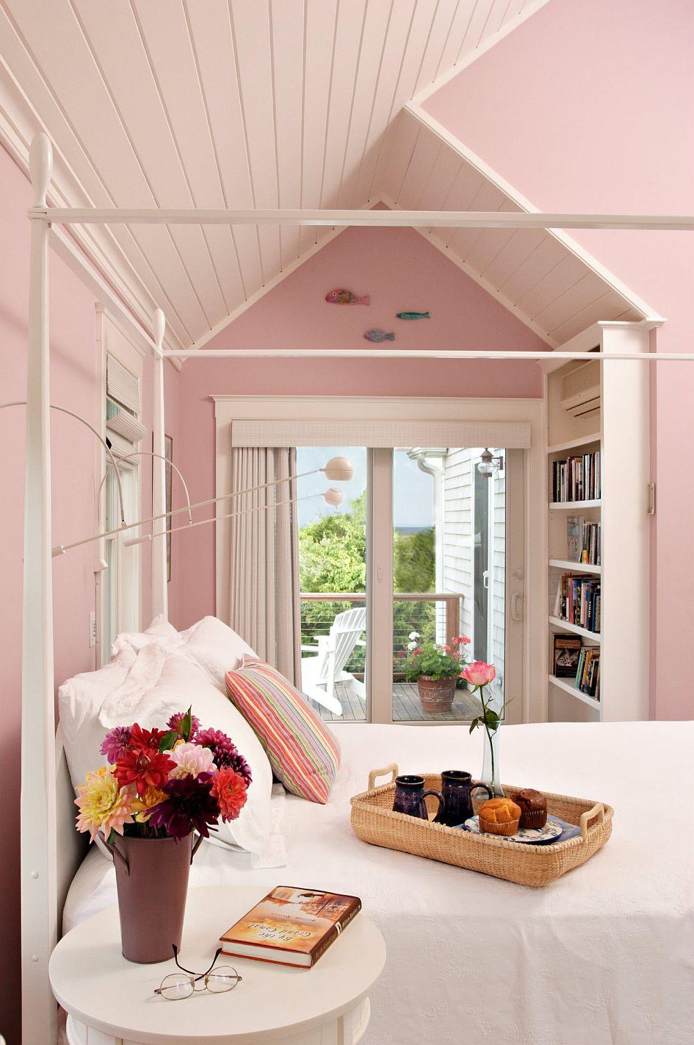 adelaparvu.com despre interioare cu roz pudrat si auriu, Foto Encore Construction