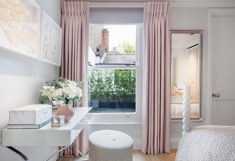 adelaparvu.com despre interioare cu roz pudrat si auriu, Foto Juliette Byrne