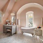 adelaparvu.com despre interioare cu roz pudrat si auriu, design Charles Vincent George Architects, Foto Tony Soluri