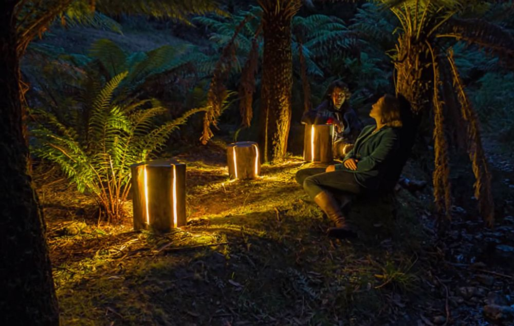 adelaparvu.com despre lampi din busteni, Cracked Log Lamps, designer Duncan Meerding (7)