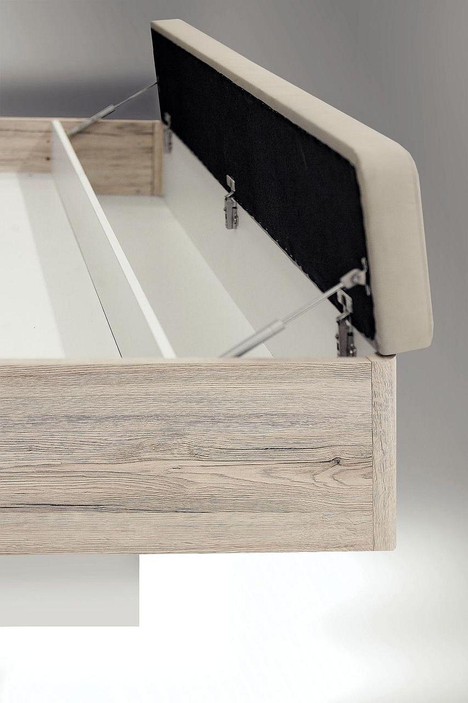 Detaliu interior ladă de depozitare inclusă în ansamblul patului - dormitor Rondino.