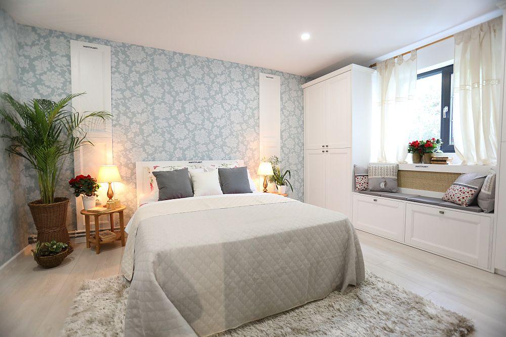 Camera după renovarea făcută de către echipa Visuri la cheie. Acum, după renovare, este dormitorul mamei, amenajat după proiectul meu.