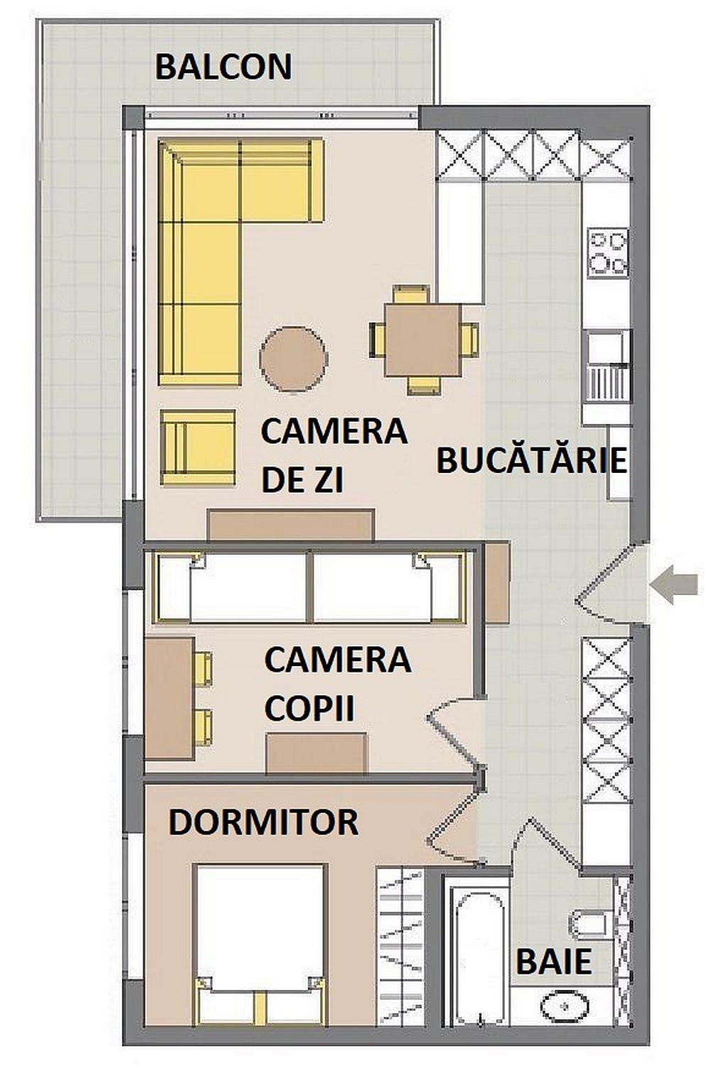 Cum au procedat arhitectele? Au prevăzut ca mobilierul bucătăriei să fie cât mai compact, iar electrocasnicele cât mai puțin prezente. Între bucătărie și camera de zi au gândit un corp de mobilă jos, pe partea cu bucătărie bun pentru depozitare, pe partea către living cu rafturi pentru bibliotecă. Spațiul pentru tv l-au prevăzut pe peretele livingului comun cu dormitorul copiilor. Apoi, au folosit spațiul holului care avea circa 1,8 metri lățime pentru a configura aici un dulap încăpător care să preia și rolul de curie, pantofar, dar și pentru depozitarea hainelor copiilor. Același ansamblu de mobilier din hol maschează și mașina de spălat rufe, astfel că în camera copiilor a rămas loc pentru paturi și birou, iar baia a putut fi amenajată curat și ordonat.